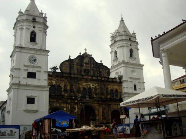 Cathedral in Plaza de la Independcia, Casco Viejo