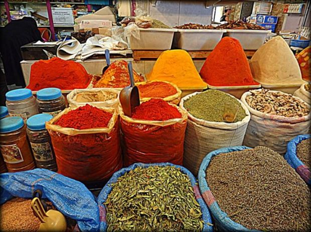 Fez spice market