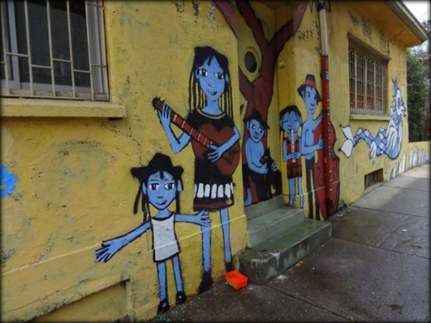 graffitti blue people