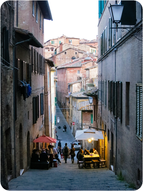 sloping streets, siena