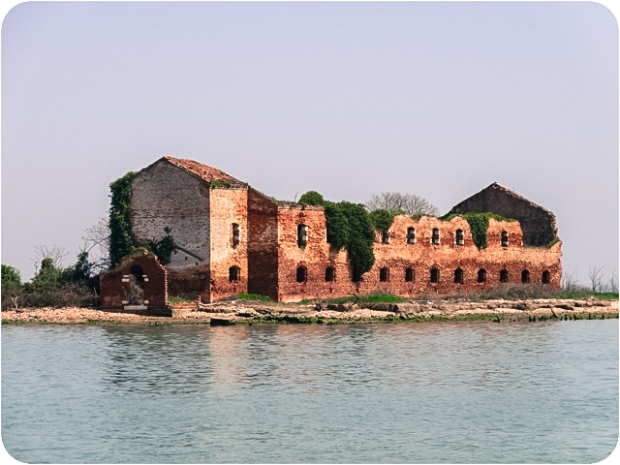 An old structure on the lagoon