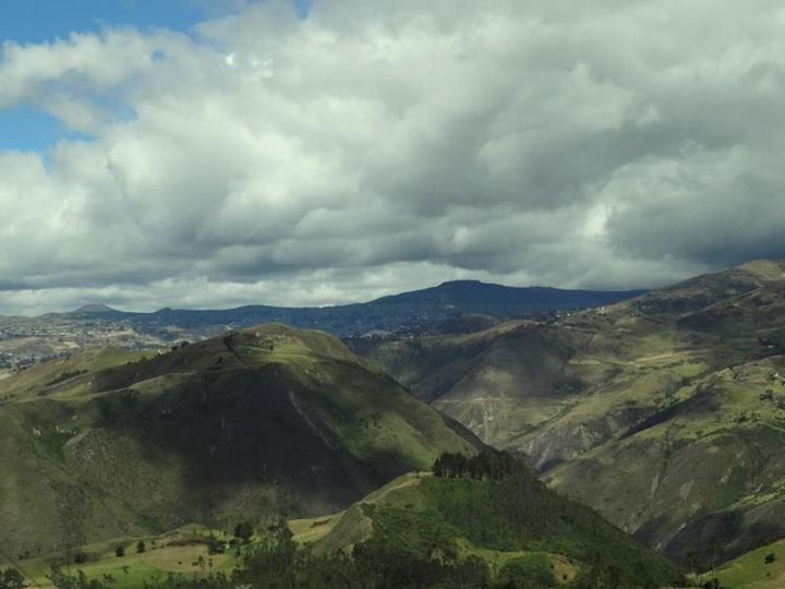 dramatic landscape on the way to Cuenca