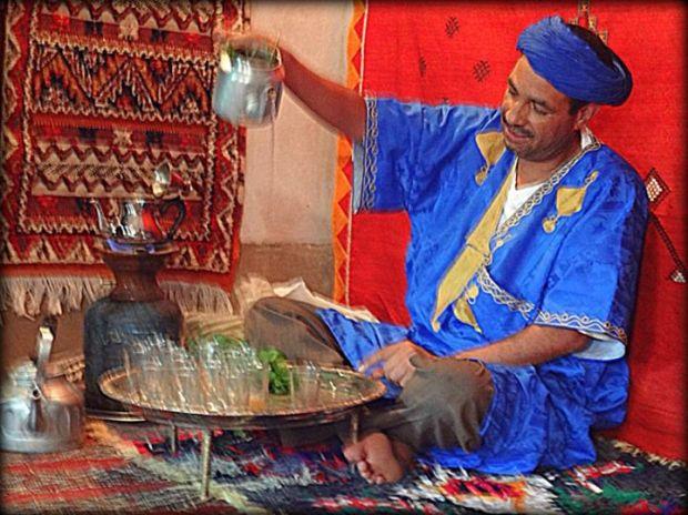 mint tea ceremony, Todra Gorge