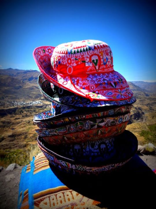 typical hat worn by women in Chivay
